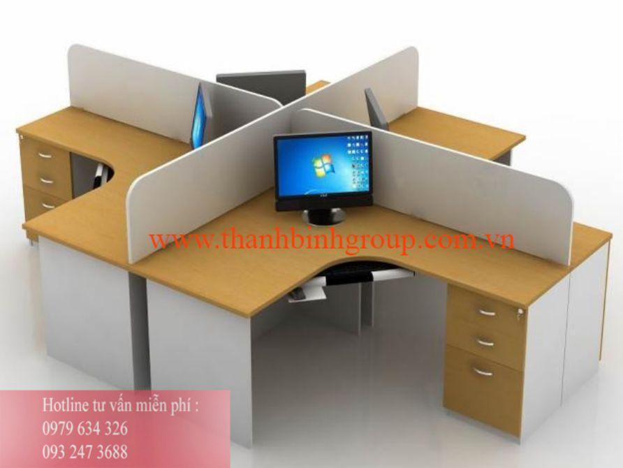Lắp đặt vách ngăn mica cho bàn làm việc